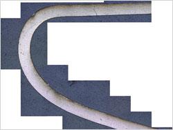プラチナワイヤー断面の貼り合わせ画像